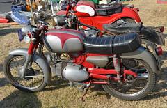 BENELLI (baffalie) Tags: mostra classic bike vintage moto italie imola benelli scambio