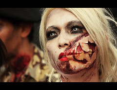 Moment of tranquility (Ivn Adrin) Tags: portrait girl face mexico zombie lips blonde bloody zombiewalk mygearandme