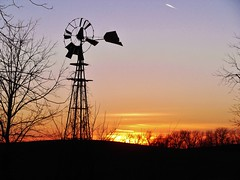 Darkness Falls #2 (BillsExplorations) Tags: sunset abandoned windmill rural vintage illinois rust midwest antique decay farm country retro rusted agriculture discarded waterpump ruraldecay farmmachinery illinoisabandonment
