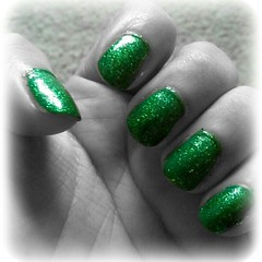 Are you ready for the #holidays? I'm loving my glittery green #orly #nails #manicure #glitter #style (Hiral Henna) Tags: square squareformat normal iphoneography instagramapp uploaded:by=instagram