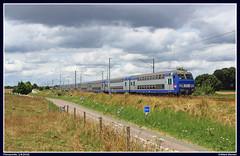 SNCF BB15061+V2N als Intercits 3116 te Flamanville (Allard Bezoen) Tags: ic intercites intercits sncf trein train zug rijtuigen voiture voitures v2n deux niveaux 3116 le havre paris saint lazare parissaintlazare st bb bb15000 15000 bb15061 15061 flamanville coaches dubbeldekker dubbeldeks materieel doppelstock dosto