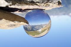 Glaskugel auf den Alpen (Landscape Macro) Tags: bestphoto foto flickr mountain berge berg alpen alps glass glas