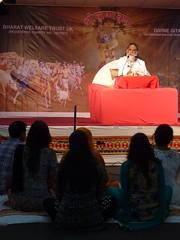 Swami Shri Gyananand Ji Maharaj in Leicester 2016 (kiranparmar1) Tags: swami shri gyananand ji maharaj leicester 2016 bhagvad gita katha