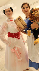 May Poppins and Belle (Romanopolis) Tags: dragoncon2016 marypoppins family fun robin r2d2 tedroman timroman udreplicas dawnofjustice armoredbatman deadrobin harrypotter bellatrixlestrange