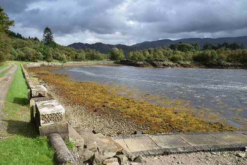 The Old Seawall to Glen Caladh Castle