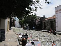 """Colonia del Sacramento: le quartier historique et ses anciens pavés de pierre de schiste <a style=""""margin-left:10px; font-size:0.8em;"""" href=""""http://www.flickr.com/photos/127723101@N04/29669951546/"""" target=""""_blank"""">@flickr</a>"""