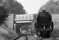 GCR 43699bwcr (kgvuk) Tags: gcr greatcentralrailway trains railways locomotive steamlocomotive 9f 2100 92212 92178 loughborough woodthorpe
