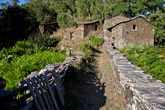 Pardieiros - Arganil (JOAO DE BARROS) Tags: barros joo pardieiros arganil schist architecture village portugal old