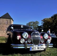 A rather shiny Mark II (Pim Stouten) Tags: arden british car auto wagen pkw vhicule macchina burgzelem 38 mkii mk2 mark2 jag jaguar saloon shine chrome markii marktwo