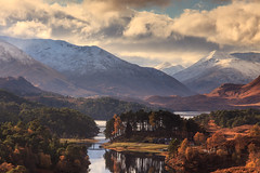 Loch Affric (KennethVerburg.nl) Tags: uk greatbritain autumn lake mountains landscape scotland meer view unitedkingdom herfst glen loch bergen uitzicht glenaffric 2012 landschap schotland affric verenigdkoninkrijk lochaffric