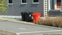 City of Louisville - Otto Millenium Cart - Black is garbage, Orange is recycling, 50 gallon Continental container in the back (FormerWMDriver) Tags: trash garbage kentucky ky can bin litter collection container gal rubbish louisville waste cart refuse recycle recycling 95 carts 90 sanitation 96 gallon 1920x1080