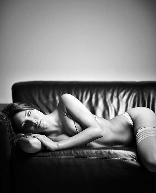 lingerie photo - Sleepless by Aryan Aqajani