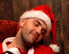 1st DEC | Relaxing Elf (Toni Kaarttinen) Tags: santa christmas xmas boy holiday man guy hat suomi finland season beard chair finnland december advent relaxing elf sleepy yule adventcalendar stubble finlandia holidayseason フィンランド finlande finlândia finnország finlanda finlàndia финляндия finnlando فنلندا