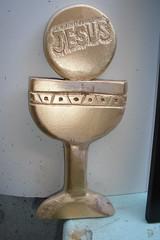 Cálice e Hóstia esculpidos (Manoel Gomes do Nascimento Filho) Tags: escultor marceneiro