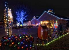 Christmas House (Fab05) Tags: holidays christmaslights christmashouse highsierra carrolltontx santasworkshop