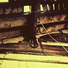 Beams, Xiaojiuhua Temple  (avezink) Tags: china old film analog docks temple condemned shanghai demolition historic neighborhood   oldtown hongmei   dongjiadu  olddocks    wangjiamatoulu miezhulu xiaoshiqiaojie  zhaojiawanlu