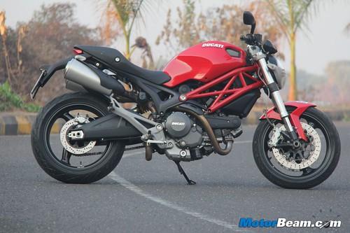 Ducati-Monster-795-32