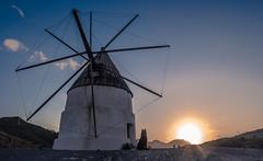 El comienzo (abel.maestro) Tags: sunset españa sol sevilla andalucía cabo viento molino perro amanecer gata almeria 34