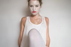 white face (jana.johnston) Tags: face white people menschen leute gesicht weis portrait selbstportrait selbstverfremdung woman