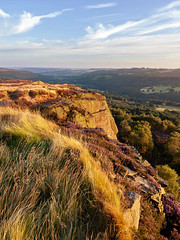 Summer on Millstone Edge (matrobinsonphoto) Tags: landscape sunset sunlight golden hour outdoors view beautiful scenery britain great british uk millstone edge hathersage south yorkshire derbyshire derwent valley countryside cliff heather purple moorland ling bell surprise grass summer grasses august rocks sheffield 11 tuition peak district