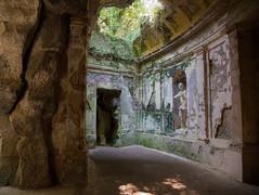 Giardino inglese (giumichi) Tags: giardino inglese villa verde rovine ruins