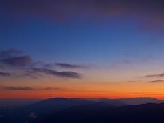 sfumature serali (Fernando De March) Tags: tramonto prealpi rosso sera montagne luci ombre pizzoc fregona treviso