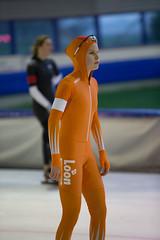A37W7187 (rieshug 1) Tags: speedskating schaatsen eisschnelllauf skating nkjunioren knsb nkjuniorenallroundafstanden afstanden allround 50010001500massstart demeent alkmaar sportcomplexdemeent juniorenc ladies dames 500m
