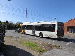MAN NL232 776 on Valley Rd (RS 1990) Tags: adelaide southaustralia friday 19th august 2016 man nl232 776 bus valleyrd hopevalley
