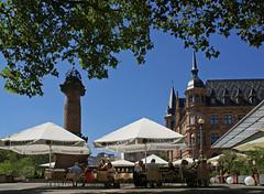 Wiesbaden, Marktplatz, Marktsule und Rathaus (HEN-Magonza) Tags: wiesbaden hesse deutschland germany hessen marktplatz marktsule rathaus marketcolumn cityhall historismus historicism