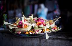 Indonesia (mokyphotography) Tags: indonesia bali ubid fiori flowers temple tempio composition