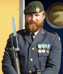 Royal guard (bokage) Tags: sweden stockholm bokage oldtown gamlastan soldier uniform guard gun
