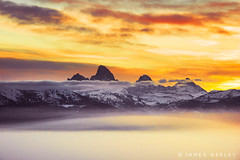Above the Haze (James Neeley) Tags: mountains fog sunrise landscape idaho grandtetons tetons tetonvalley jamesneeley