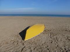 P1000044 (gzammarchi) Tags: barca italia mare colore ombra natura giallo spiaggia paesaggio ravenna camminata itinerario puntamarina