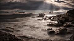 Almadrava (Jerome Pouysegu) Tags: ocean light sea sun mer pose landscape soleil spain long exposure lumiere 5d paysage espagne rayons longue almadraba nd110