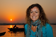 Carmen (bigdani) Tags: travel friends portrait sky people orange sun india amigos reflection sol face silhouette rio atc backlight sunrise river pose contraluz dawn boat warm barca gente retrato cara objects icon objetos vehicles amanecer viajes cielo reflejo varanasi silueta typical naranja icono ganges vehiculos tipico uttarpradesh calido camera:make=canon exif:make=canon exif:iso_speed=400 exif:focal_length=35mm geo:state=uttarpradesh camera:model=canoneos50d exif:model=canoneos50d efs18135f3556is geo:countrys=india geo:city=varanasi exif:lens=efs18135mmf3556is exif:aperture=80 2011india
