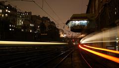 En attendant mon train supprimé... (nARCOTO) Tags: paris saint night train nuit lazare