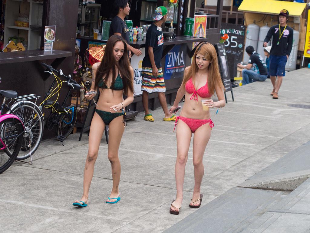 Teen candid Japanese girls