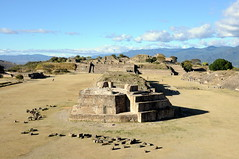 Monte Albán, UNESCO World Heritage Site (Oliver J Davis Photography (ollygringo)) Tags: world city travel heritage history archaeology buildings mexico mesoamerica construction ancient nikon ruins citadel unescoworldheritagesite worldheritagesite oaxaca fortress archeology montealban 2012 worldheritage montealbán zapotec d90 zapotecs santacruzxoxocotlán