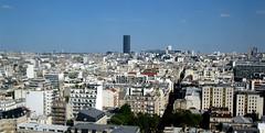Paris: Panoramic view. (Rubem Jr) Tags: street city blue paris france building arquitetura architecture landscape arquitectura europa europe bluesky panoramic paisagem historicplace panoramicview panoramicviewofparis