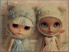 Sisters :) (*Sweet Days*) Tags: holiday alpaca sunshine doll dolls sweet tan days vanilla blythe custom simply petite tanned fbl suri rbl reroot sweetdays creayations