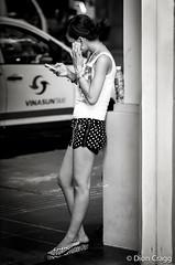 iPod ... iPhone ... iPants (Dion Cragg) Tags: portrait blackandwhite bw apple beauty asian blackwhite southeastasia vietnamese ipod phone legs vietnam shorts saigon hmc hochiminh iphone asianbeauty digitalcameraclub vietnamesegirl vietnameseportrait ipants