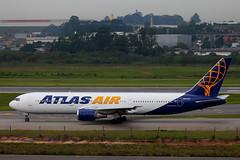 Atlas Air | Boeing 767-300ER @ GRU (Aidan Formigoni) Tags: gru sbgr guarulhos sãopaulo brasil brazil spotting plane airplane aircraft aviation avião aviação aeroporto airport atlasair atlas boeing 767 767300 763