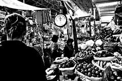 (enricoerriko) Tags: claro nyc milan mountains rome peru southamerica inca cuzco america la lima taxi cusco cerveza pueblo beijing feria per blanca mercado andes sur lama machupicchu festa colori mercato naranja arequipa italie sacredvalley pisac urubamba enrico incas oro inkas pisaq ollantaytambo ande amricadosul incakola  sudamrica ocra inkacola oceanopacifico  portocivitanova kolareal blackwhitephotos indaco andinas condori romeparis  frutasyhortalizas erriko  enricoerriko muieres inques gold
