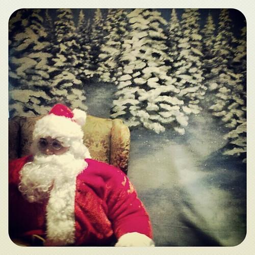Santa Gets A Few Seconds' Break