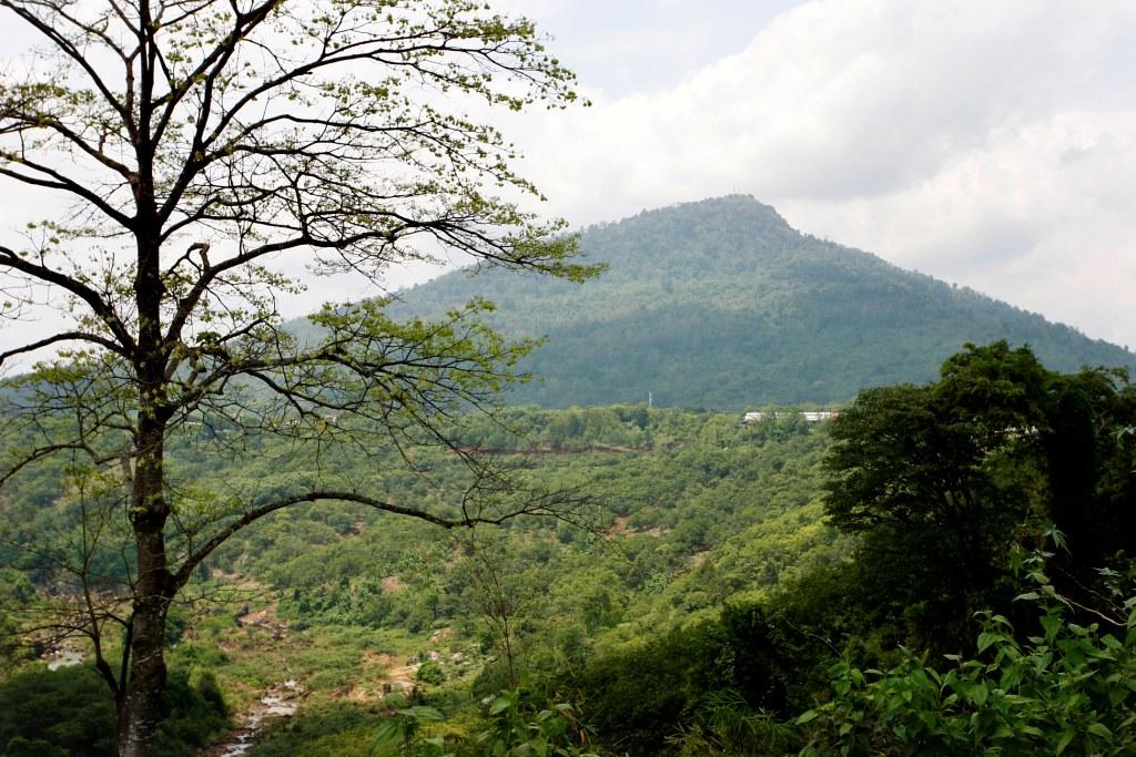 Núi Bà Rá