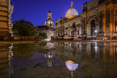 Dresden (Bastian.K) Tags: dresden architecture architektur germany saftpresse blue hour reflection reflektion reflektionen spiegelung mirror sunstar blendenstern zeiss loxia carl 21mm 28 loxia2128 sony a7rii ilce7rii ilce7rm2 brhlsche brhlscher garten albertinum frauenkirche