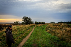 26-09-2016 - Snek Yate - Georgie (Dave Johnston Photography) Tags: sun sunrise morning sky trees wal hiking forest clouds path early