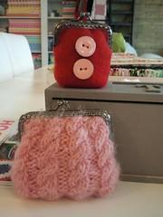 Little purse with buttons! (mariamarutska) Tags: pink red handmade buttons purse knitted woolfelt