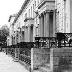 Great Western Terrace (itmpa) Tags: slr monochrome canon square greek terrace glasgow crop grecian castiron classical cropped 1860s residential railings greatwesternroad listed 30d 1869 andrewthomson canon30d greatwesternterrace categoryalisted greekthomson tomparnell categorya itmpa archhist andrewgreekthomson