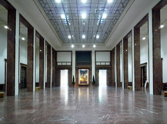 Haus der Kunst, great hall from front